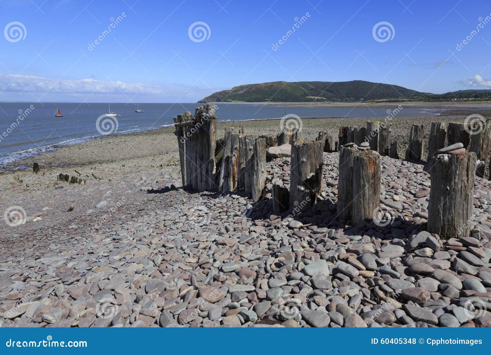 在Porlock测流堰的海滩