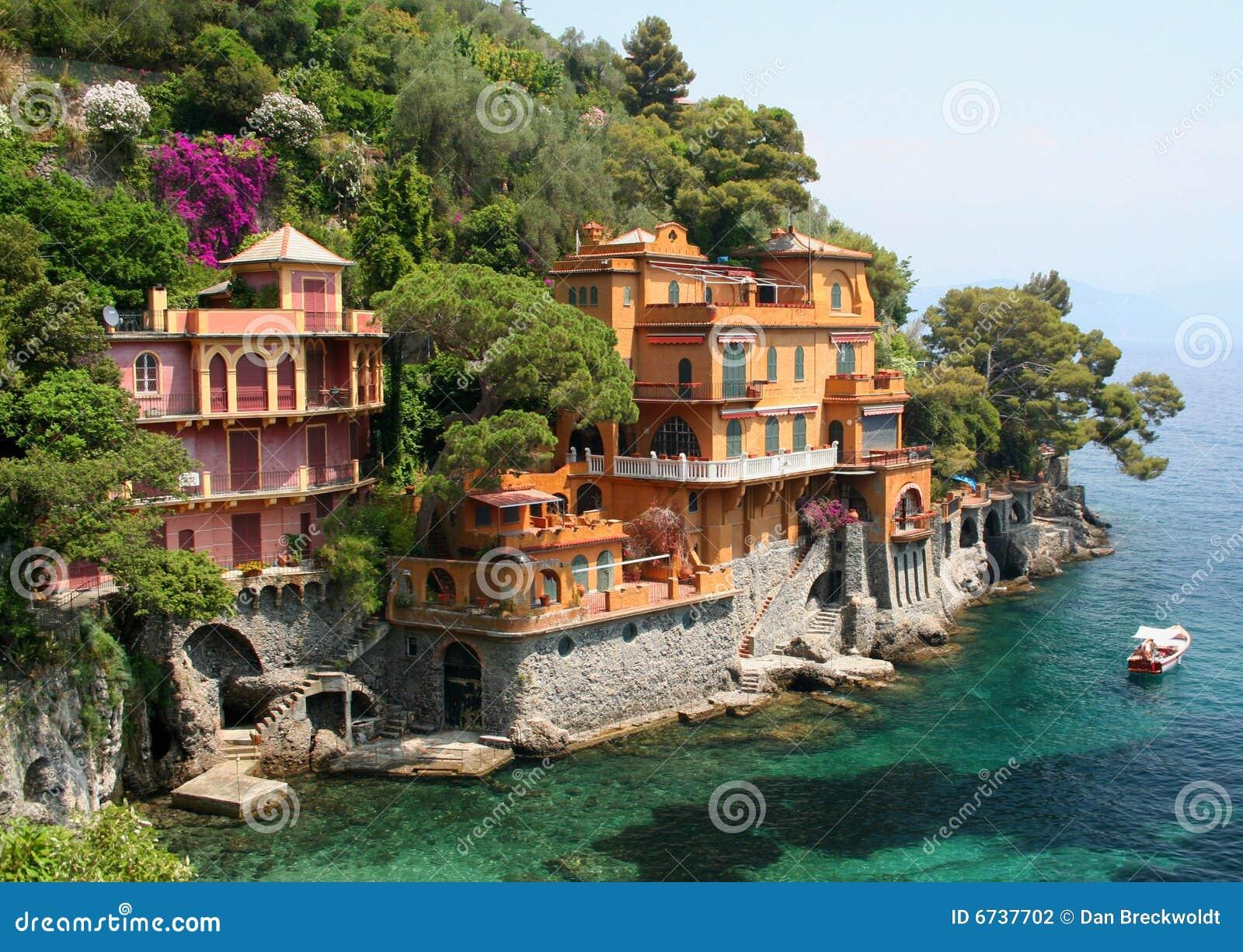 在portofino海滨别墅附近的意大利
