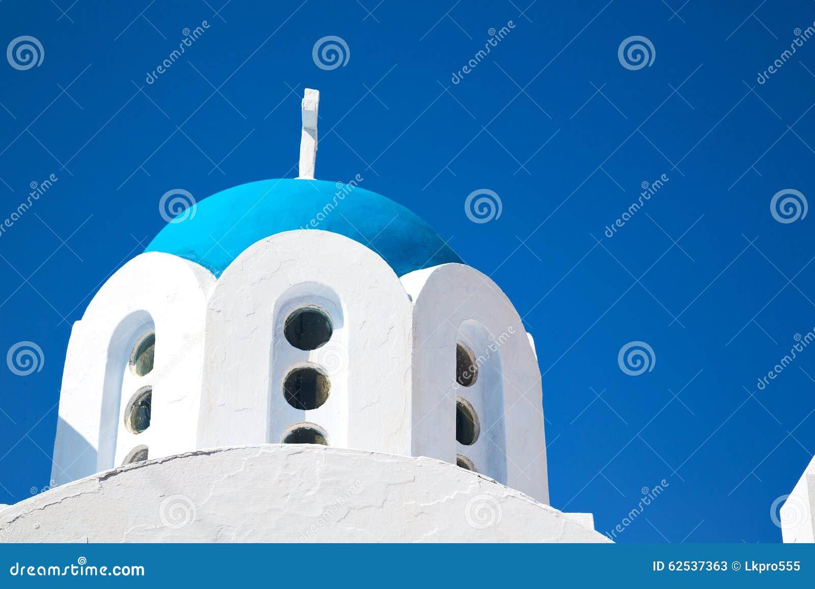 在santorini希腊的白色十字架