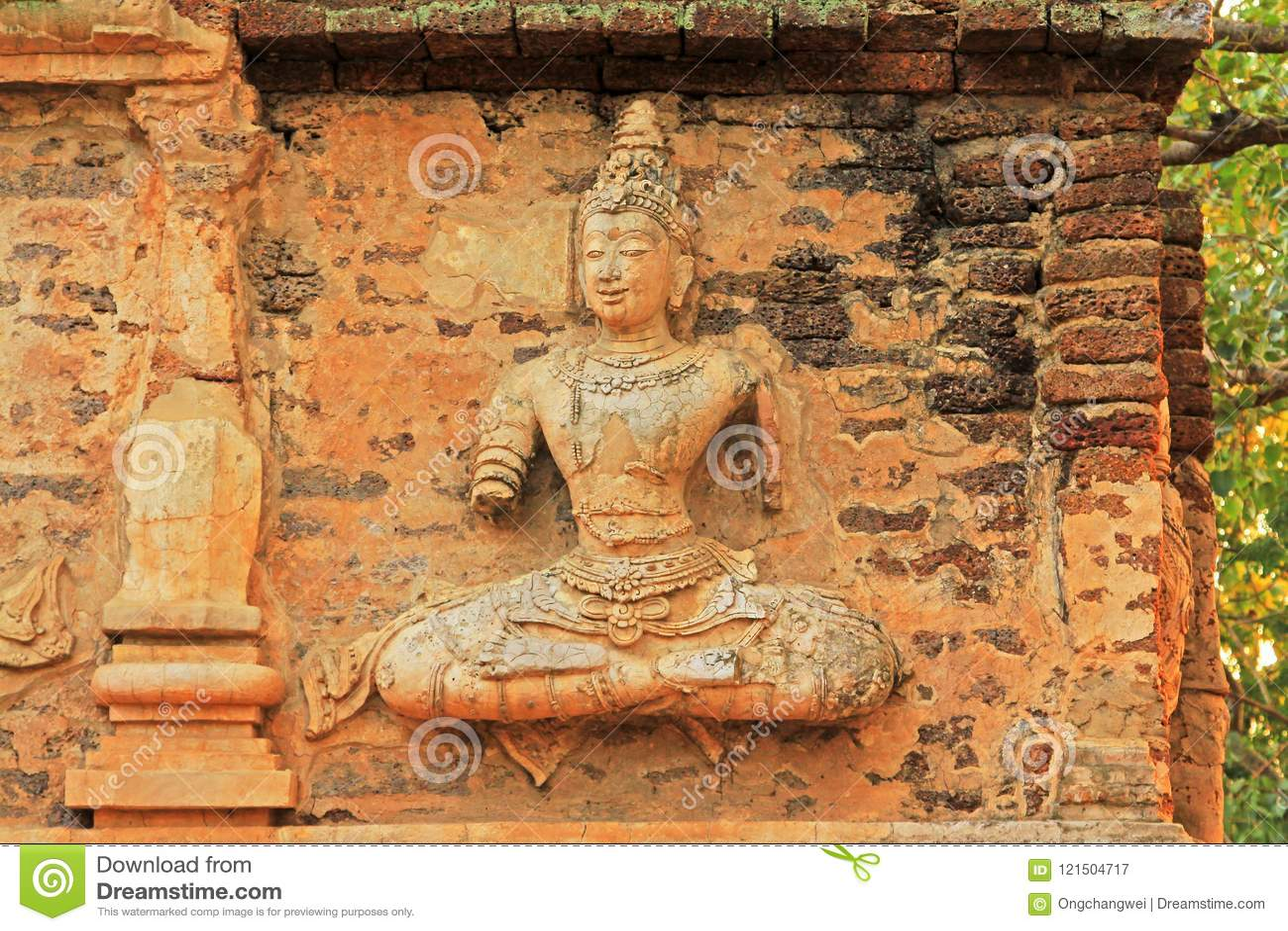 在Wat Jed Yod,清迈,泰国的菩萨图象