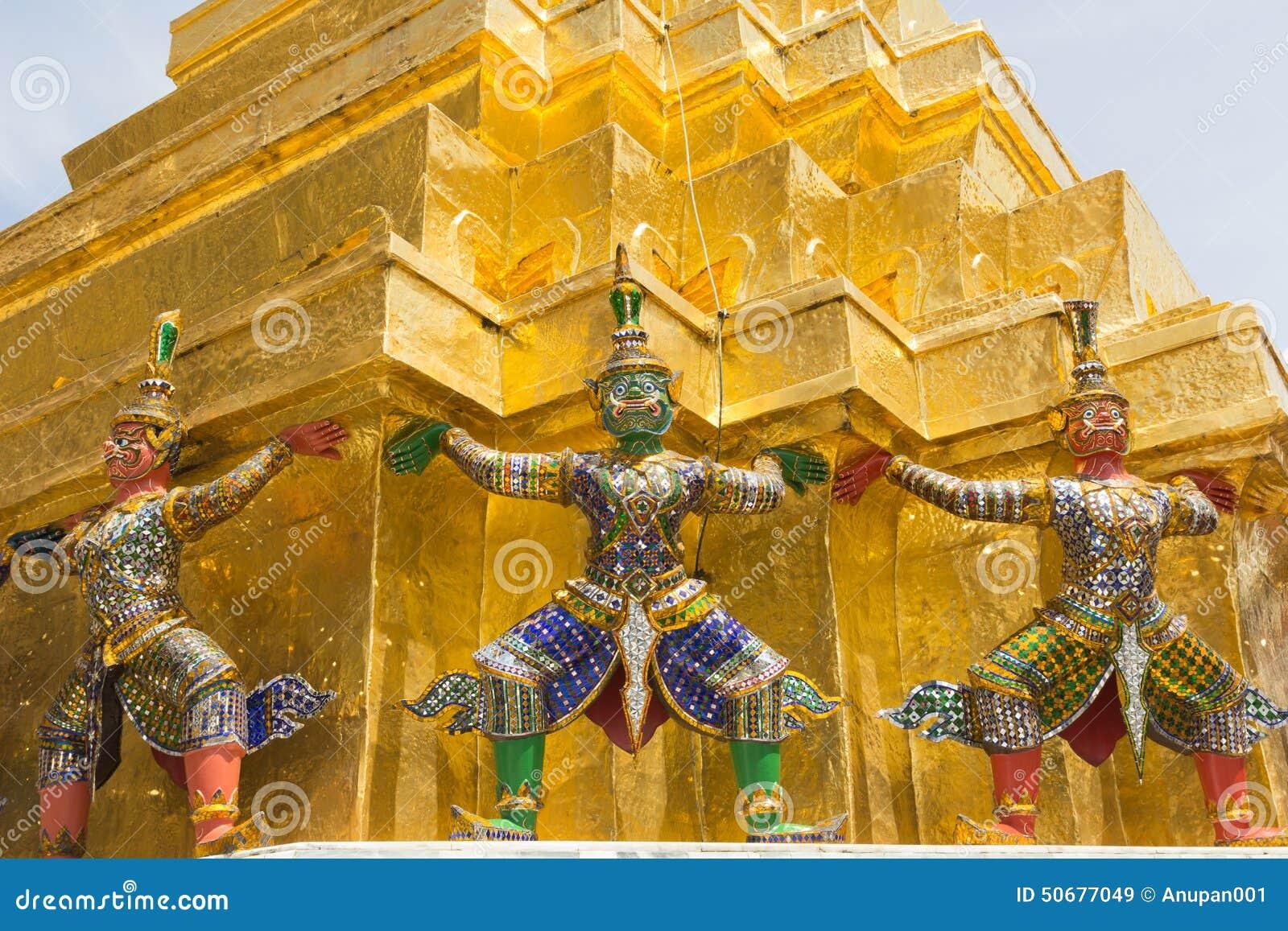 Download 在Wat Pra Kaew,曼谷泰国的巨人 库存图片. 图片 包括有 绿宝石, 佛教, 国家, 祈祷, 巨型 - 50677049