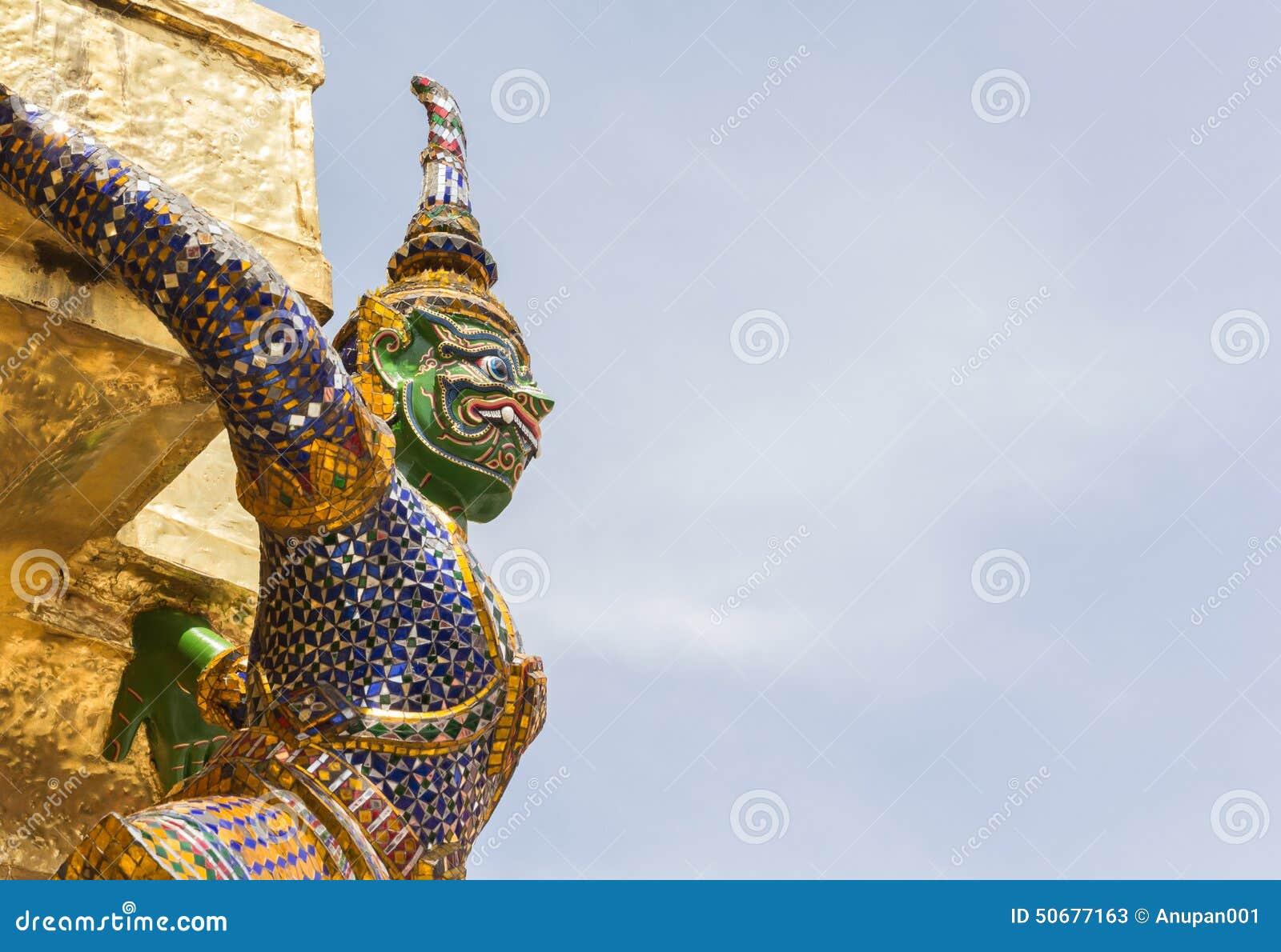 Download 在Wat Pra Kaew,曼谷泰国的巨人 库存图片. 图片 包括有 纪念碑, 巨型, 顽皮地, 国家, 的btu - 50677163