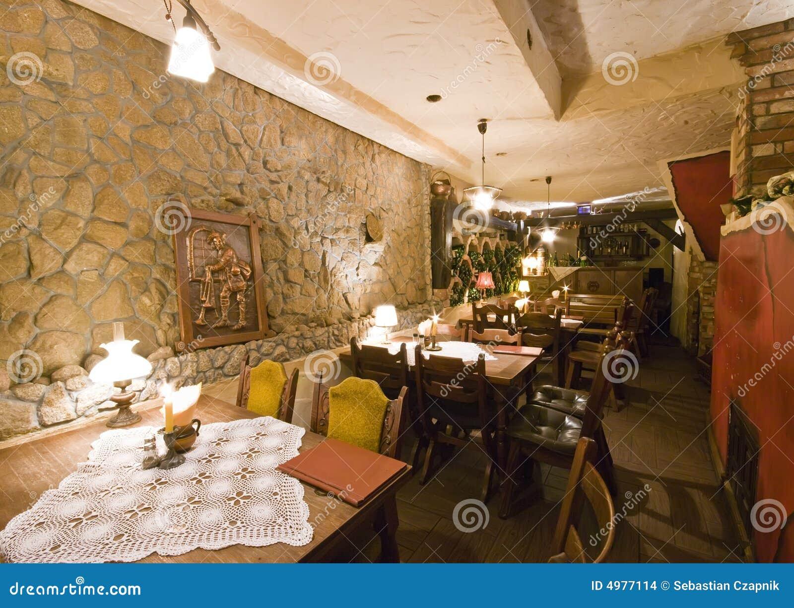 地下室餐馆