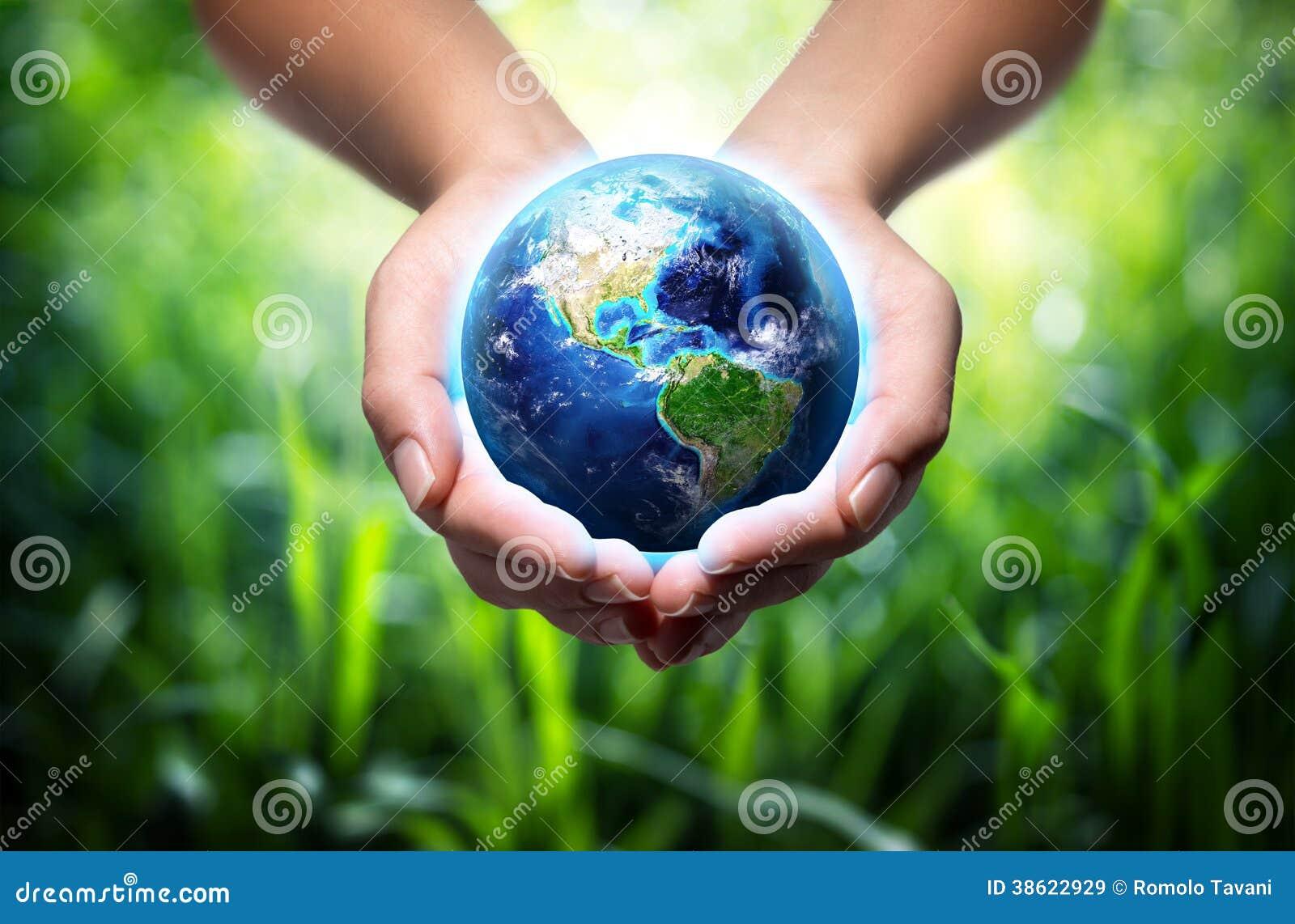 地球在手上-环境概念