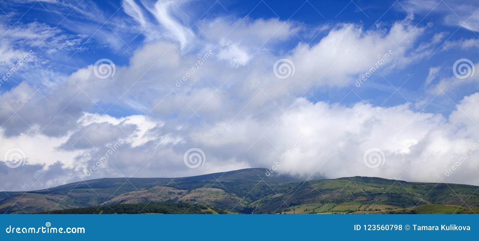坎塔布里亚,在雷诺萨自治市附近的风景