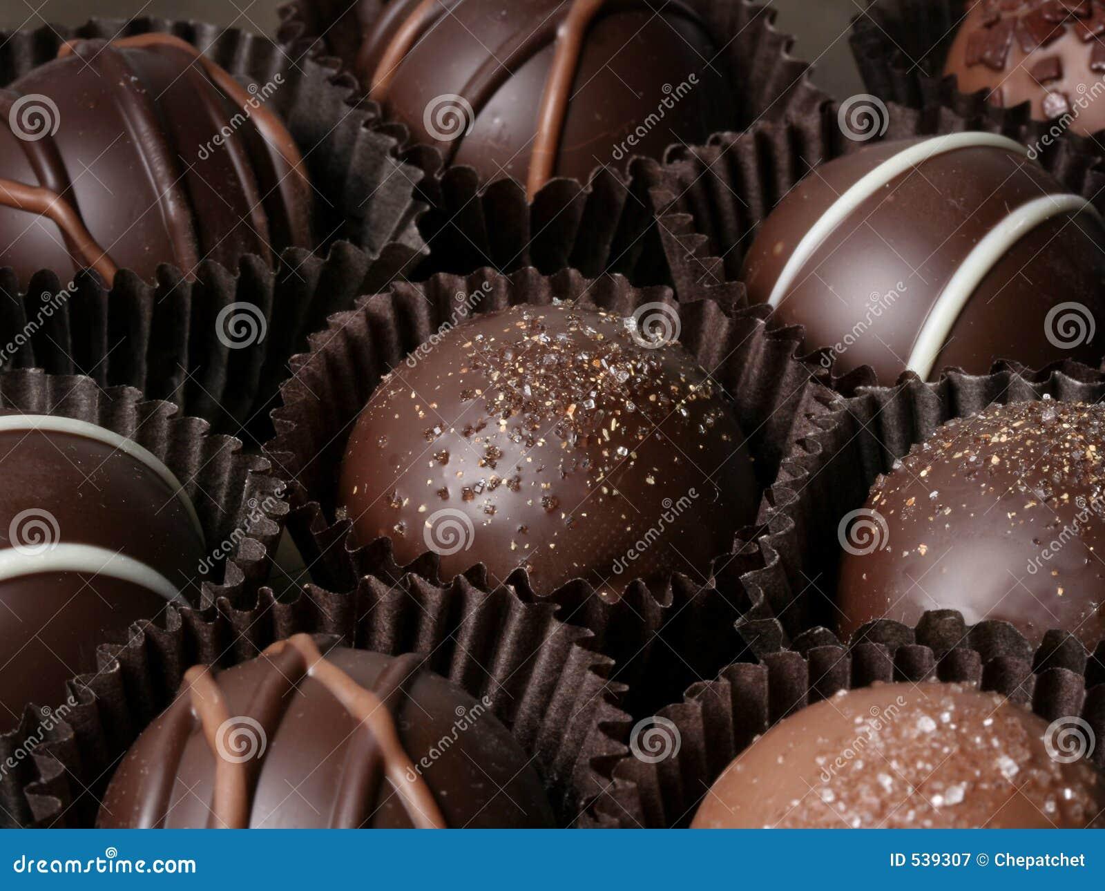 Download 块菌 库存图片. 图片 包括有 诱惑, 卡路里, 华伦泰, 装饰, 黑暗, 欢欣, 存在, 糖果, 浪漫, 巧克力 - 539307