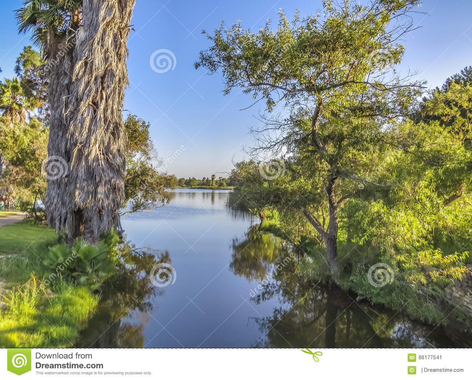 埃尔多拉多Park湖运河