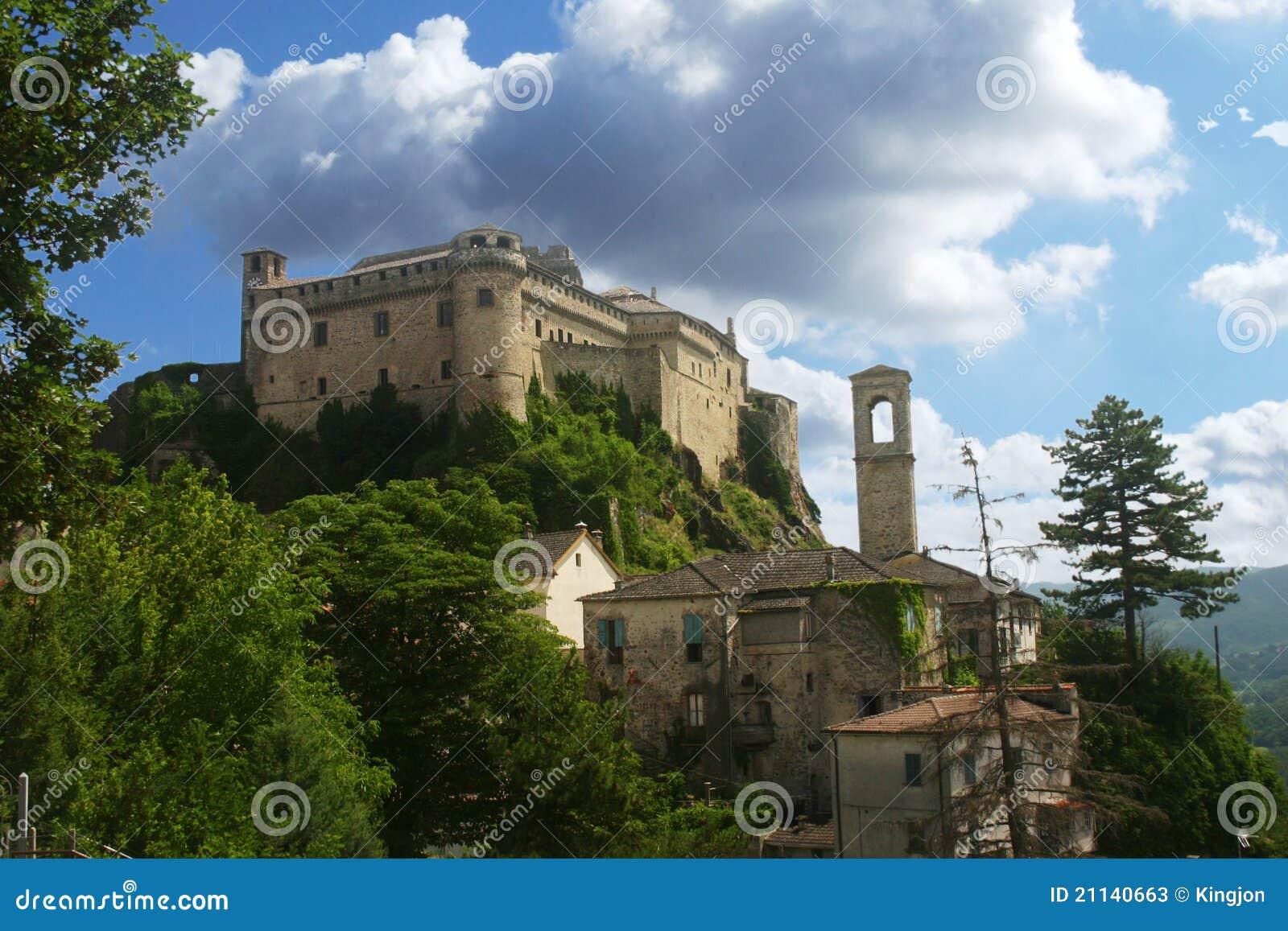 城堡意大利中世纪托斯卡纳.二手巴博斯g级越野车图片