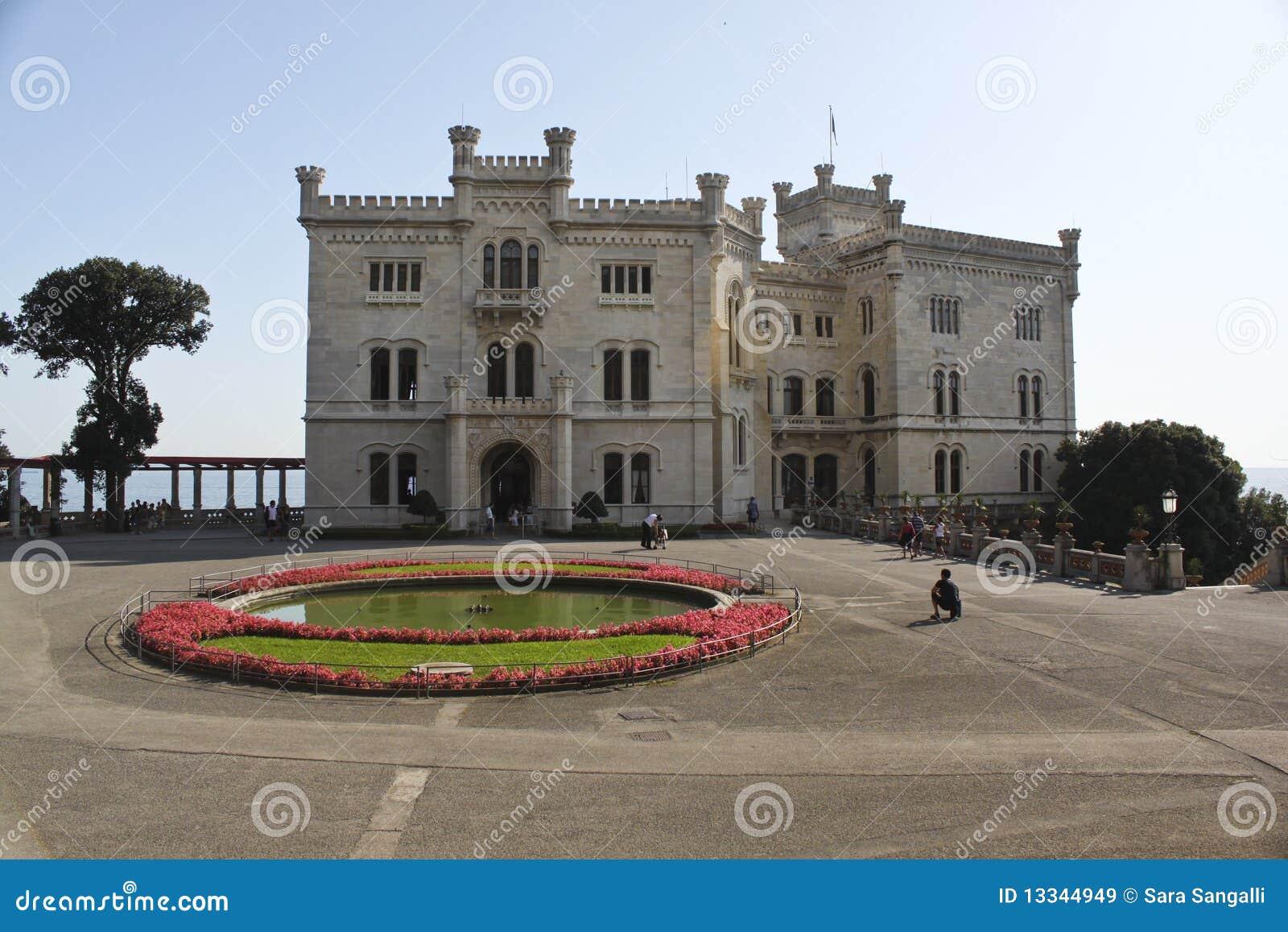 城堡意大利miramare的里雅斯特