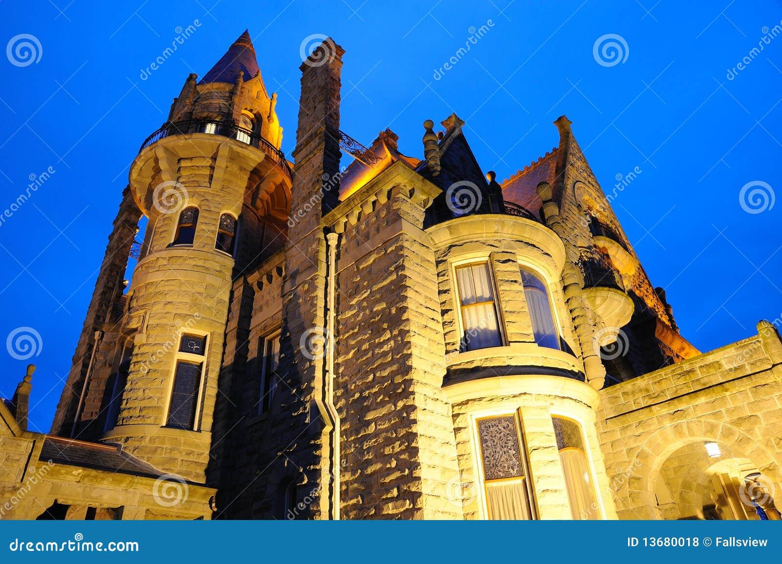 城堡照明设备