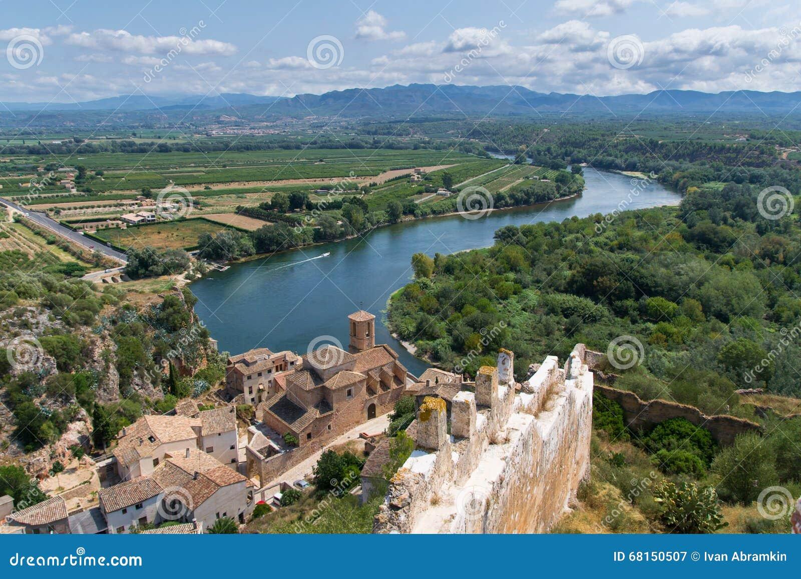 城堡米拉韦在卡塔龙尼亚,西班牙