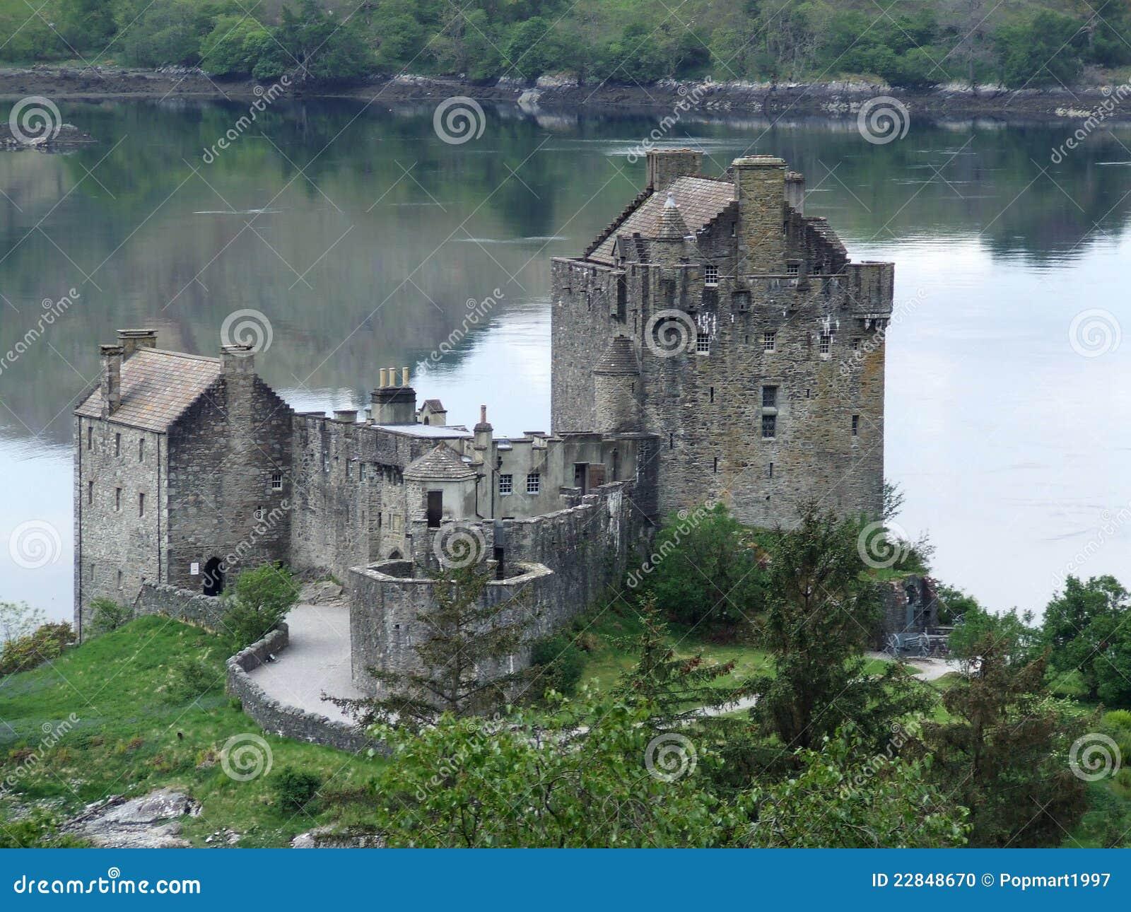 城堡donan eilean小山