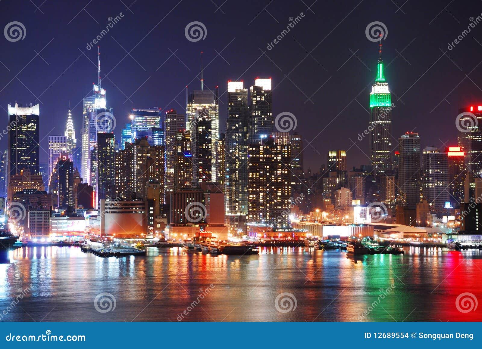 城市新的晚上地平线约克