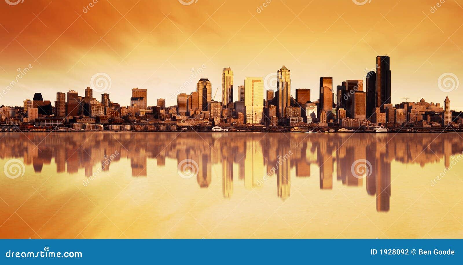 城市日出视图
