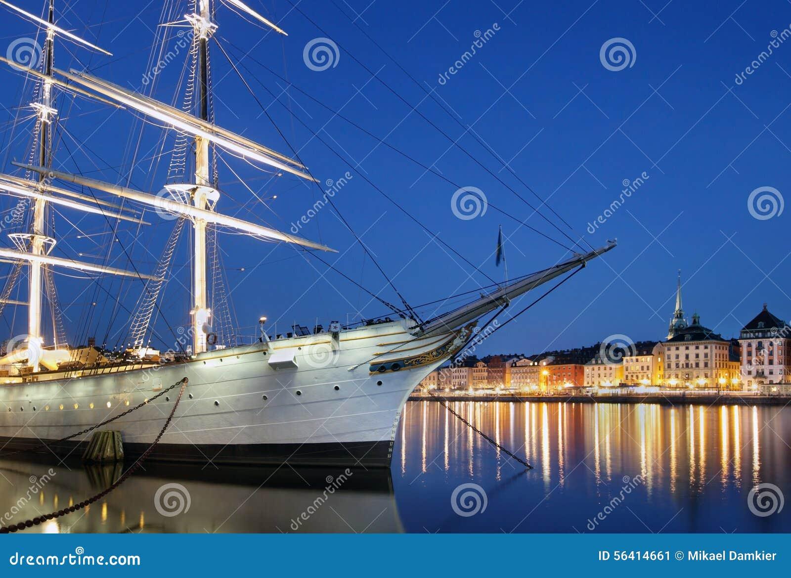 城市晚上斯德哥尔摩