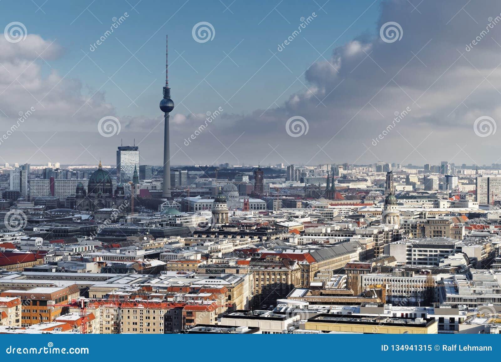 城市视图柏林在冬天