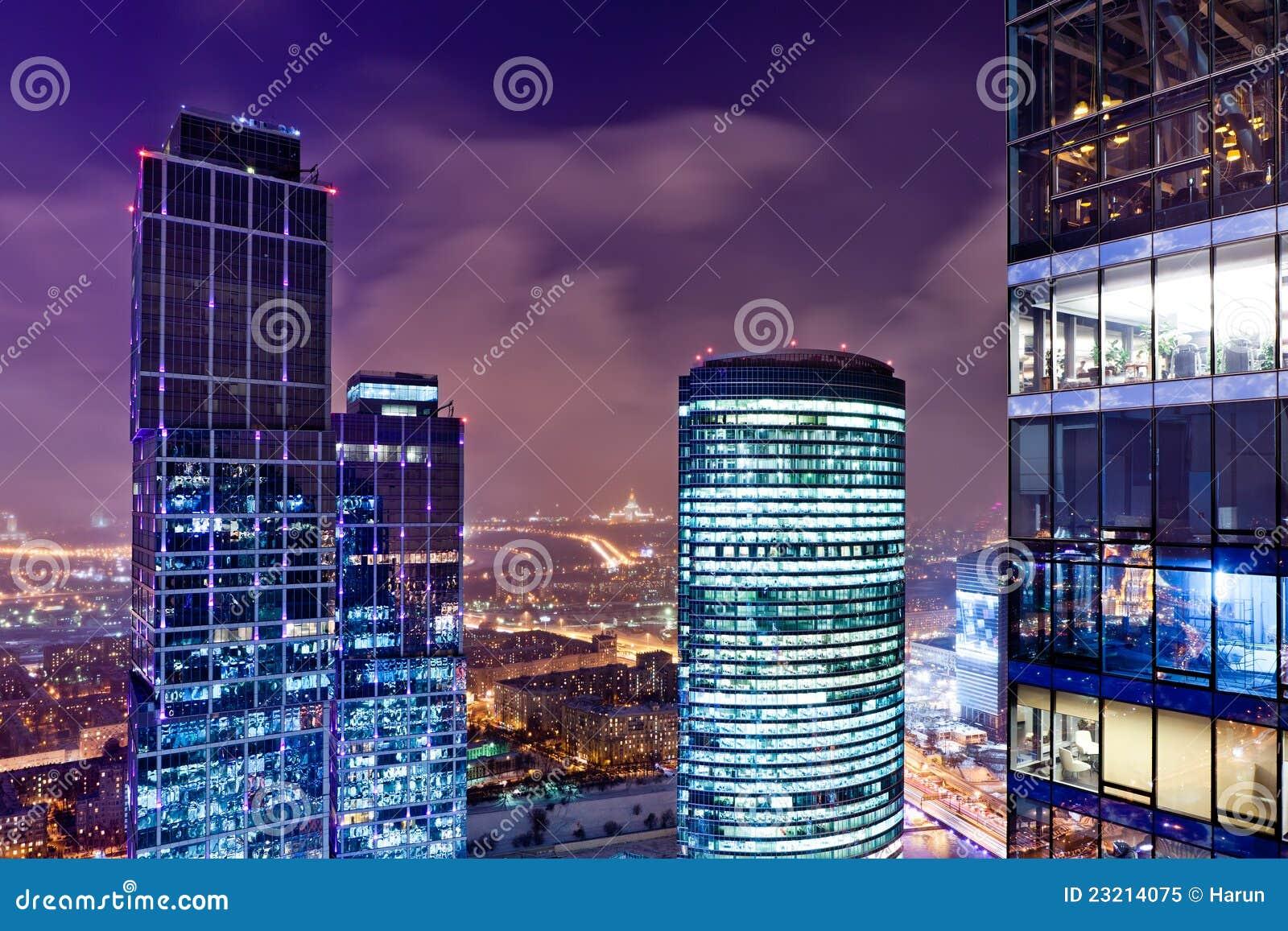 城市黄昏视图