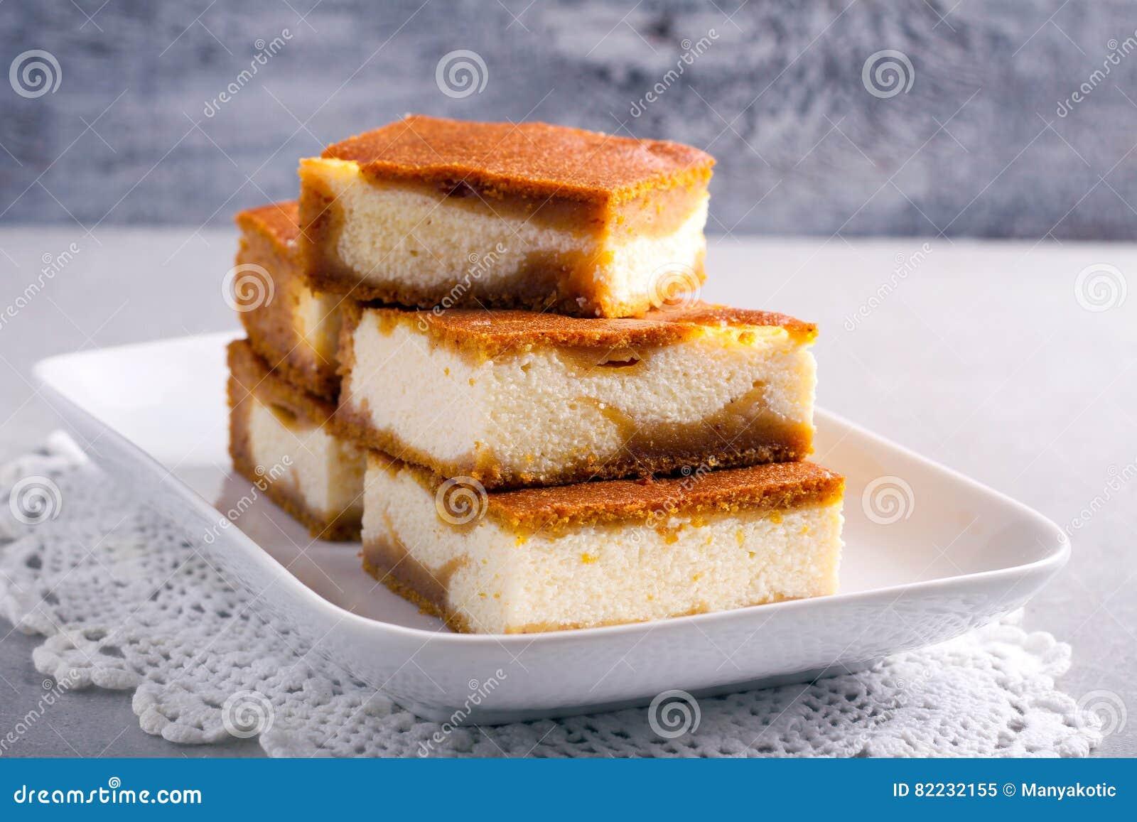 堆南瓜乳酪蛋糕酒吧