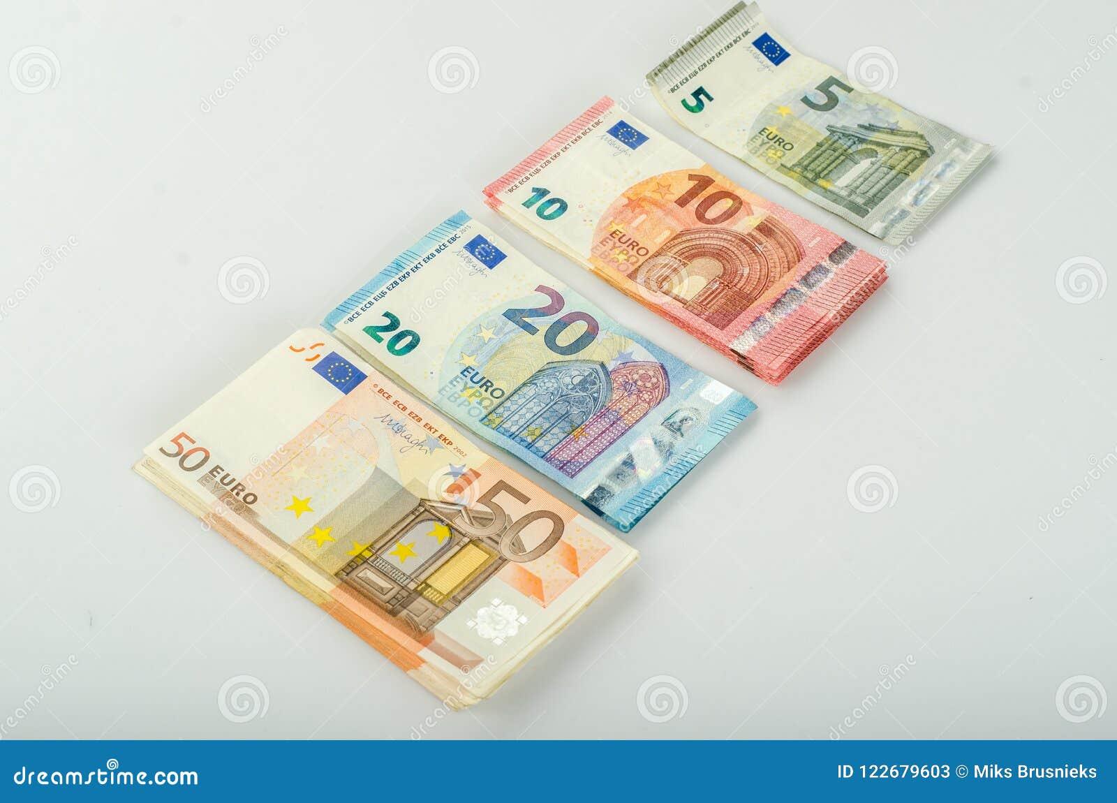 堆许多欧洲钞票