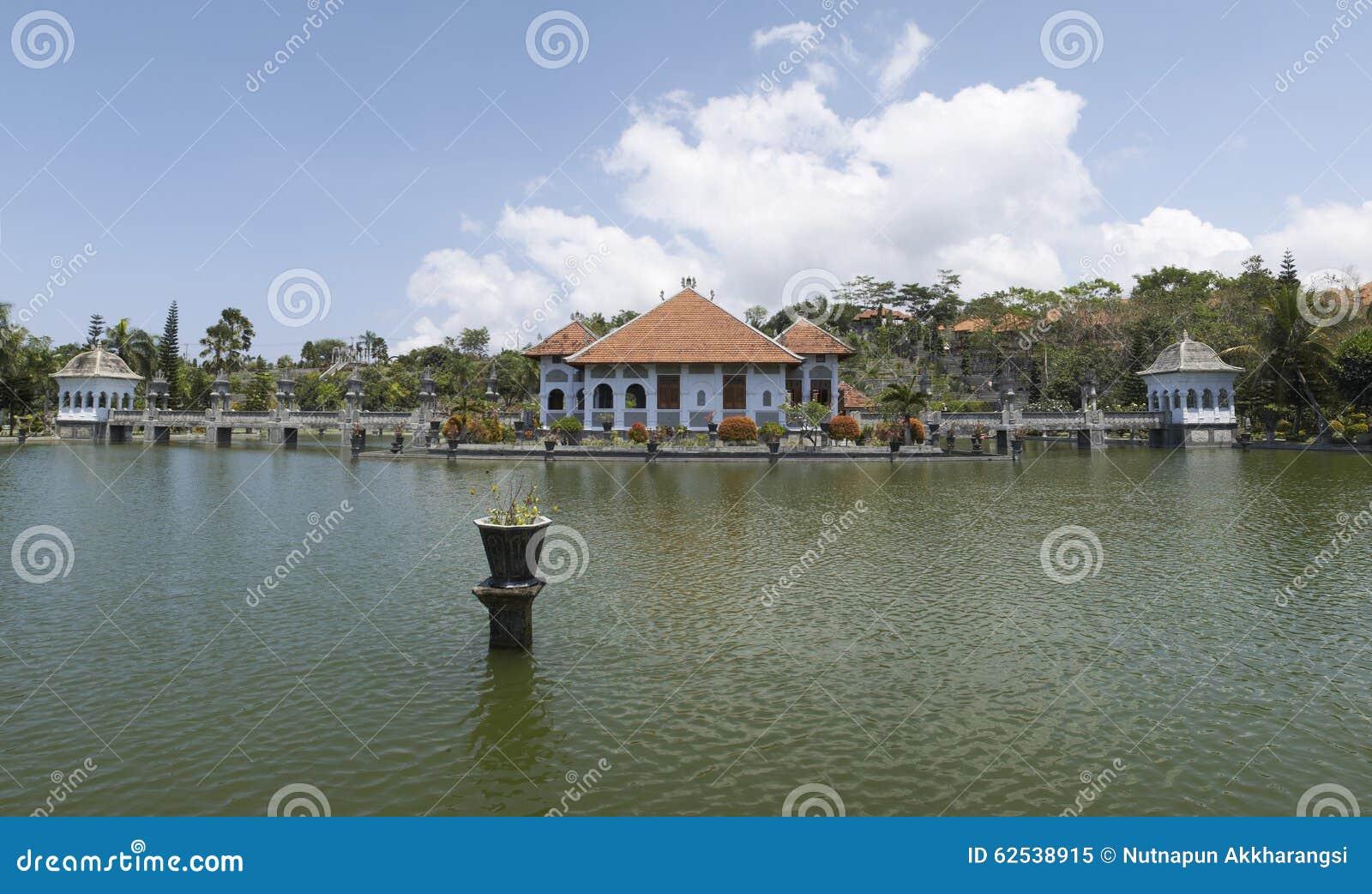 塔曼Soekasada Ujung水宫殿,全景视图