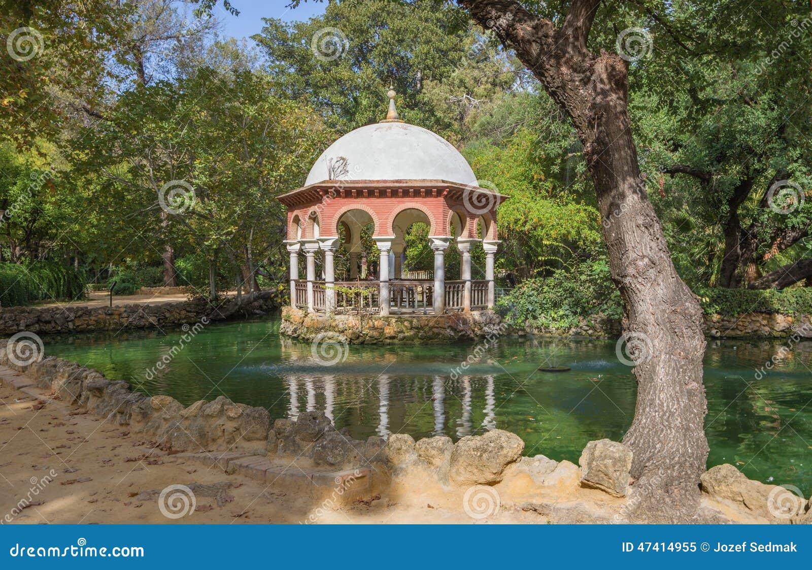 塞维利亚-避暑公园玛丽亚路易莎别墅.外墙别墅石材cad图片