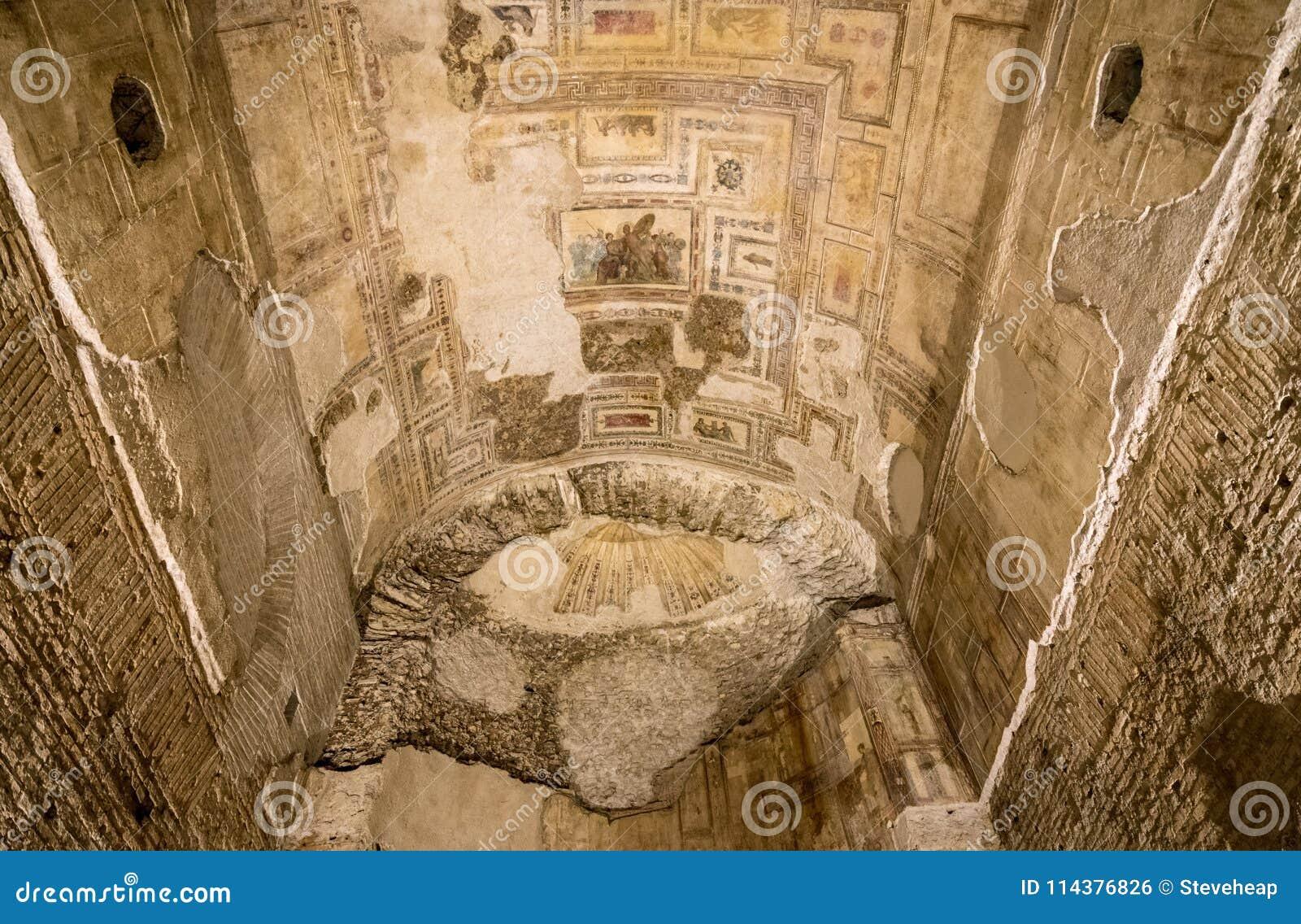 墙壁壁画遗骸在多穆斯Aurea里面的在罗马