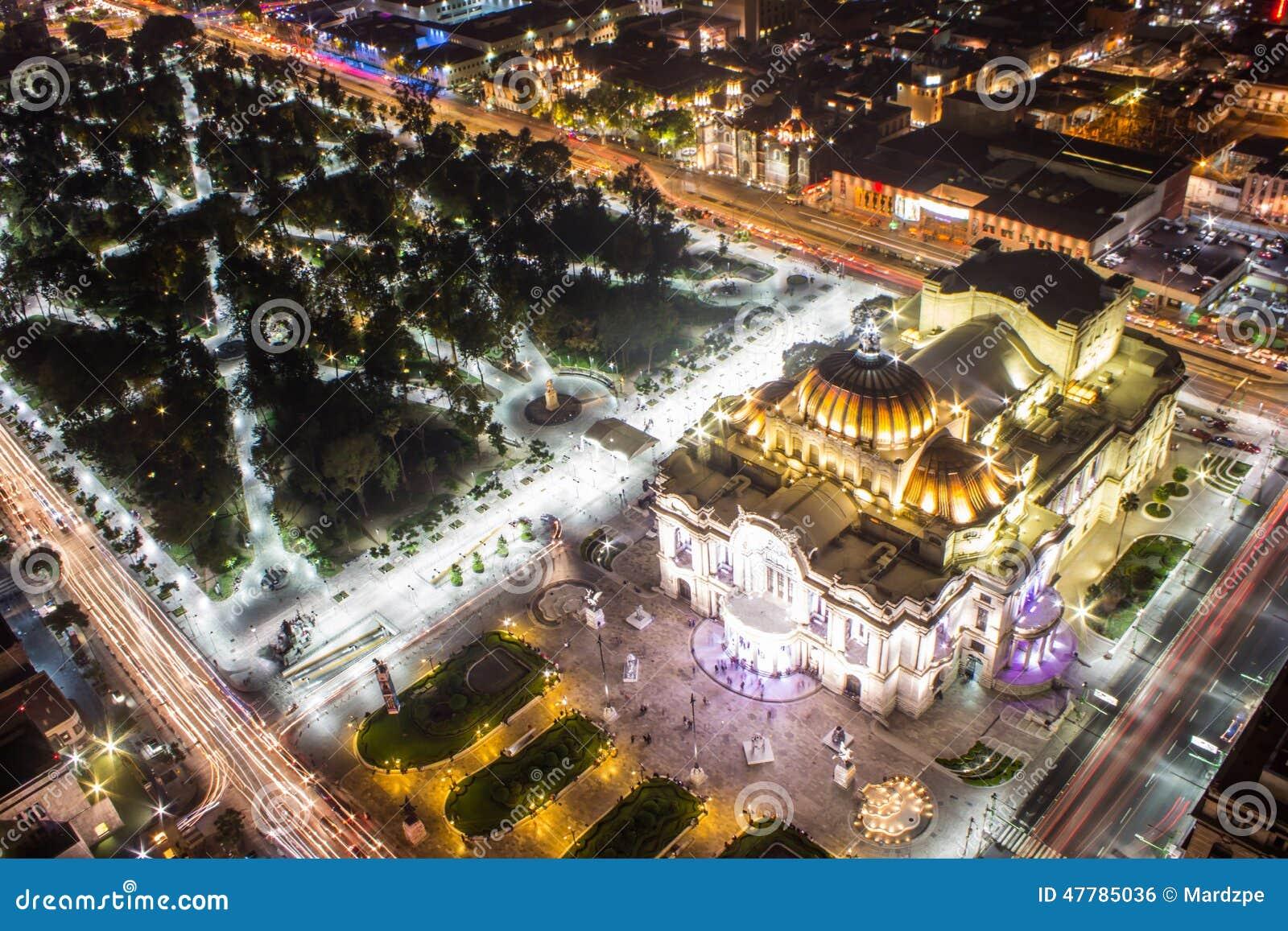 墨西哥城、光足迹和贝拉斯阿特斯鸟瞰图