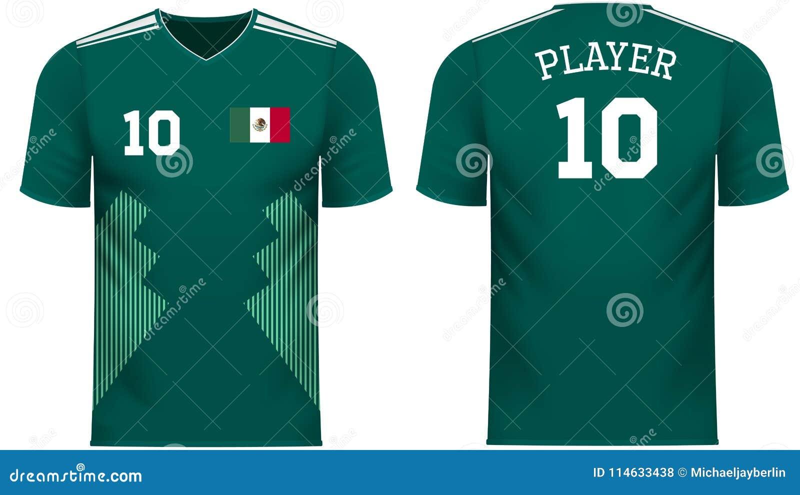 墨西哥爱好者炫耀在普通国家颜色的T恤杉