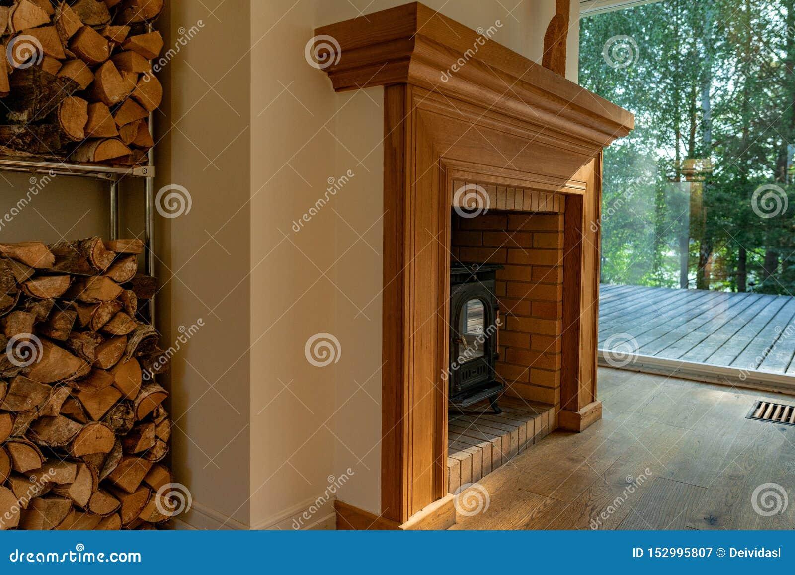 壁炉在客厅