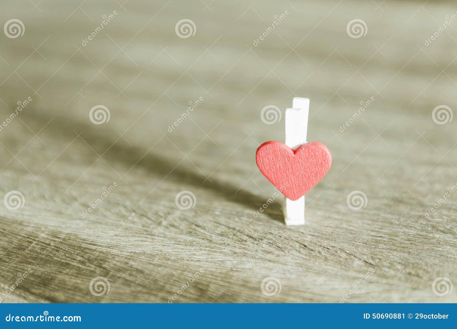 Download 壁角重点爱向量 库存图片. 图片 包括有 传送带, 浪漫, 华伦泰, 背包, 绿色, 保护, 现有量, 生活 - 50690881