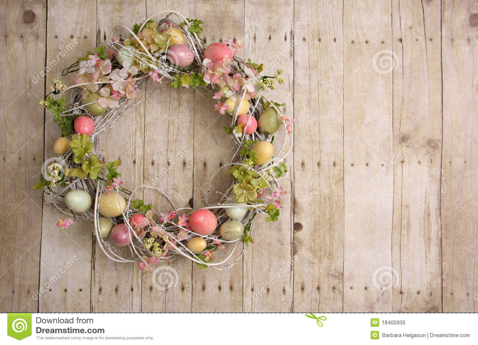 复活节彩蛋花圈