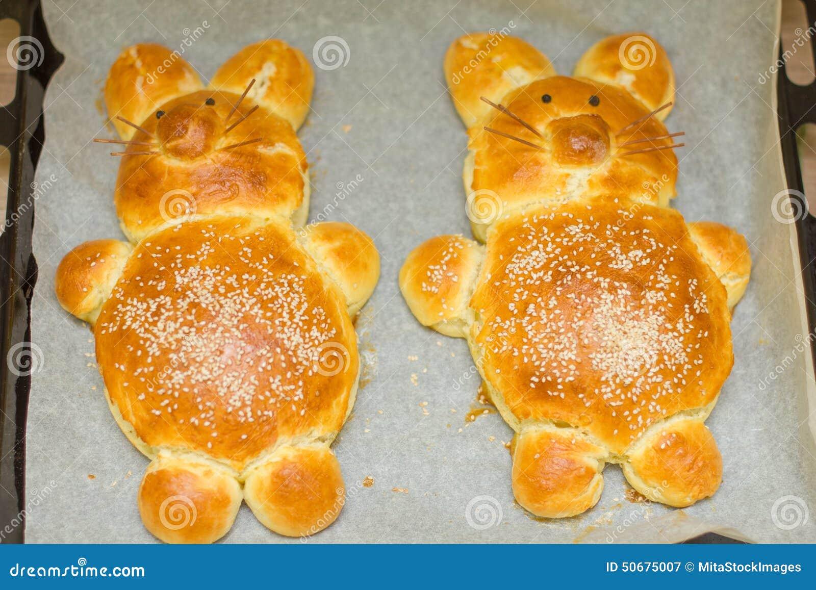 Download 复活节兔子面包 库存图片. 图片 包括有 自创, 季节, 兔宝宝, 复活节, 新近地, 传统, 装饰, 巴西 - 50675007