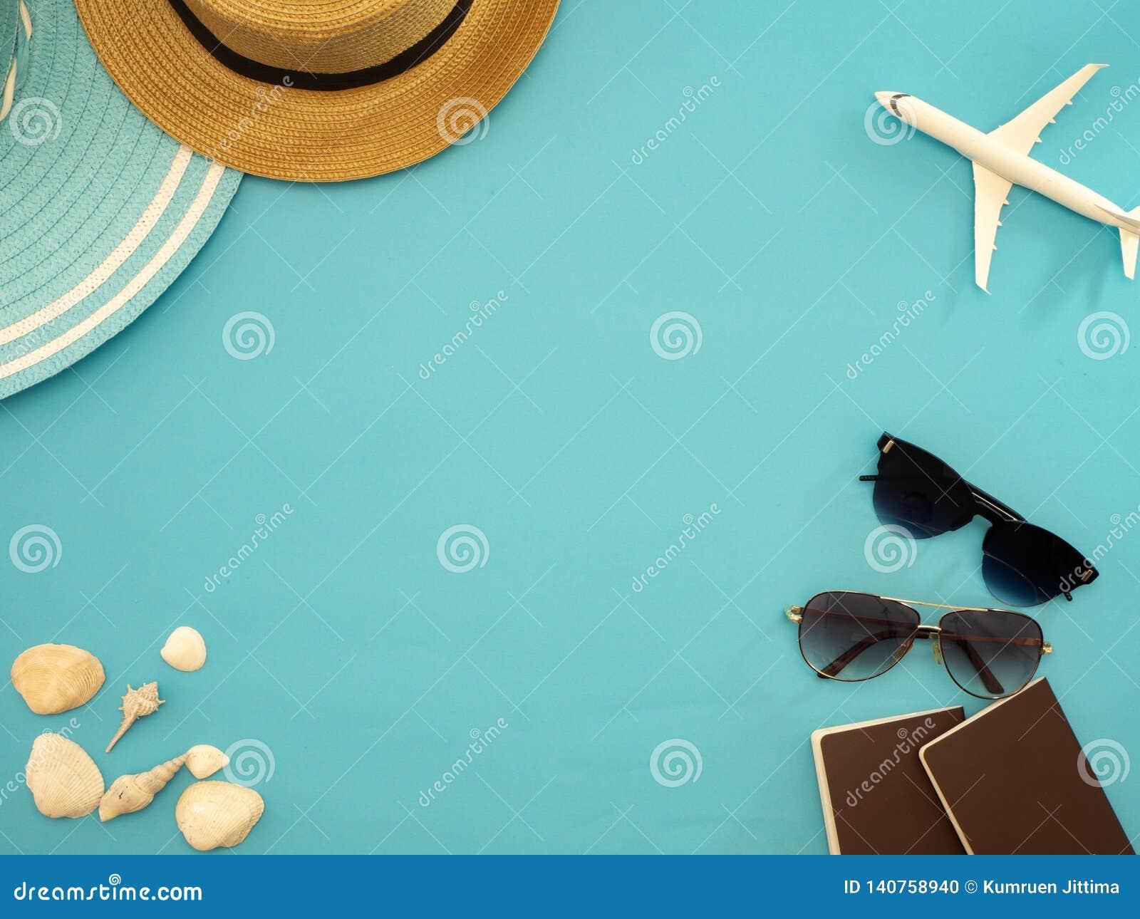 夏天旅行想法和海滩对象