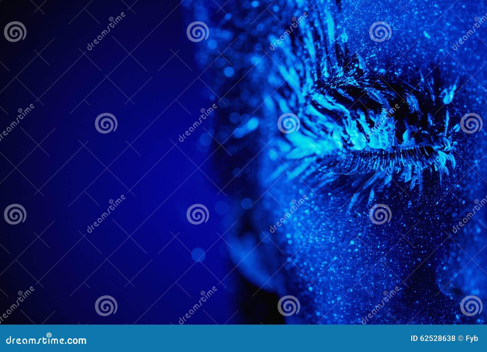 紫外冬天画象