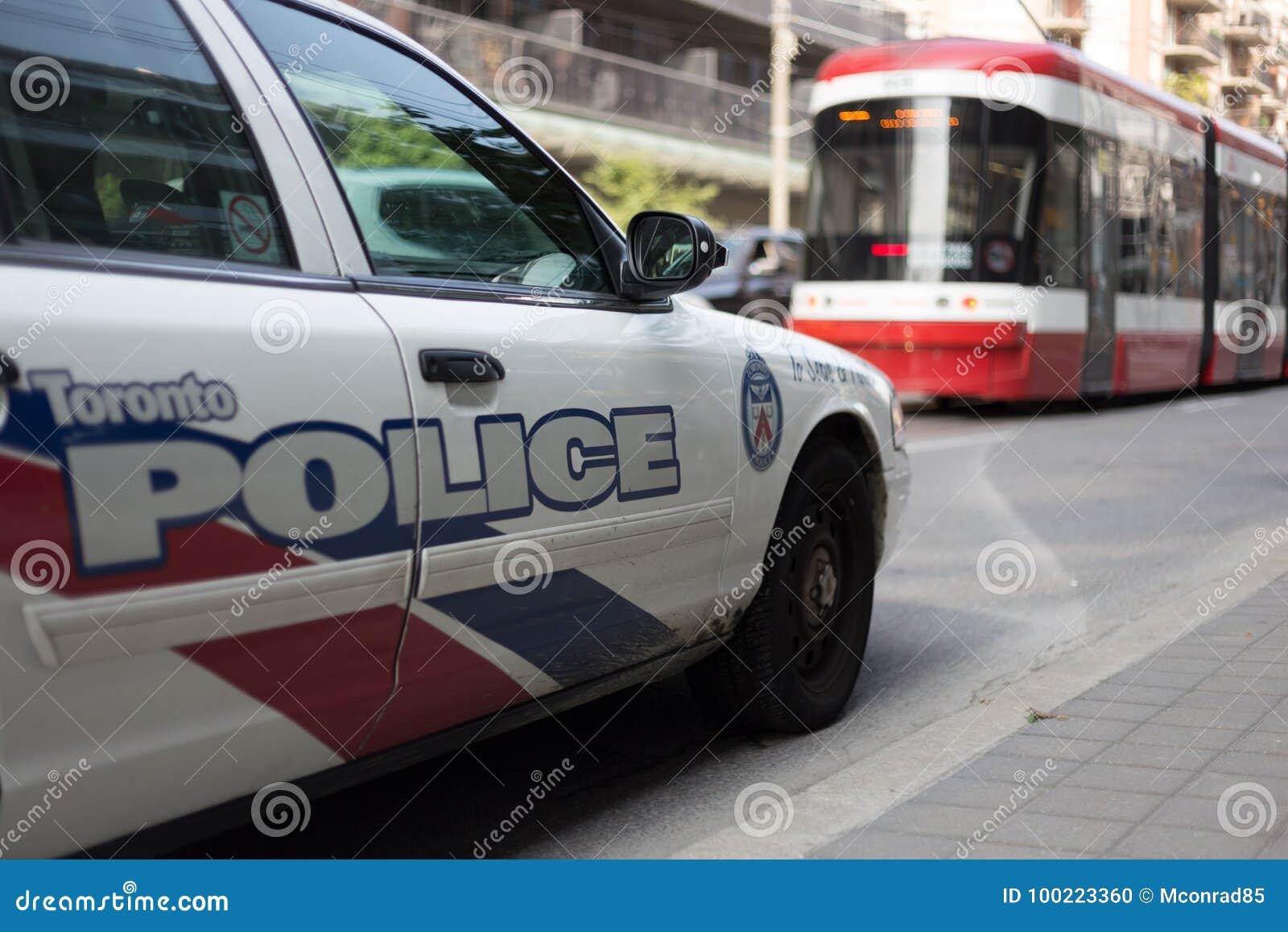 多伦多,加拿大- 2017 9月18日,在交通s的警车