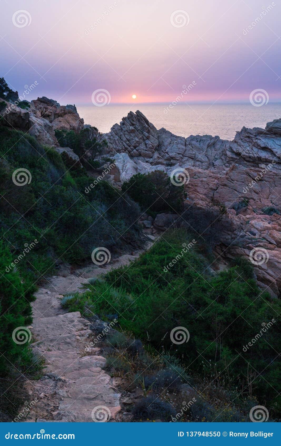 多数美丽的海岛在欧洲 最清楚的水在地中海 肋前缘Paradiso