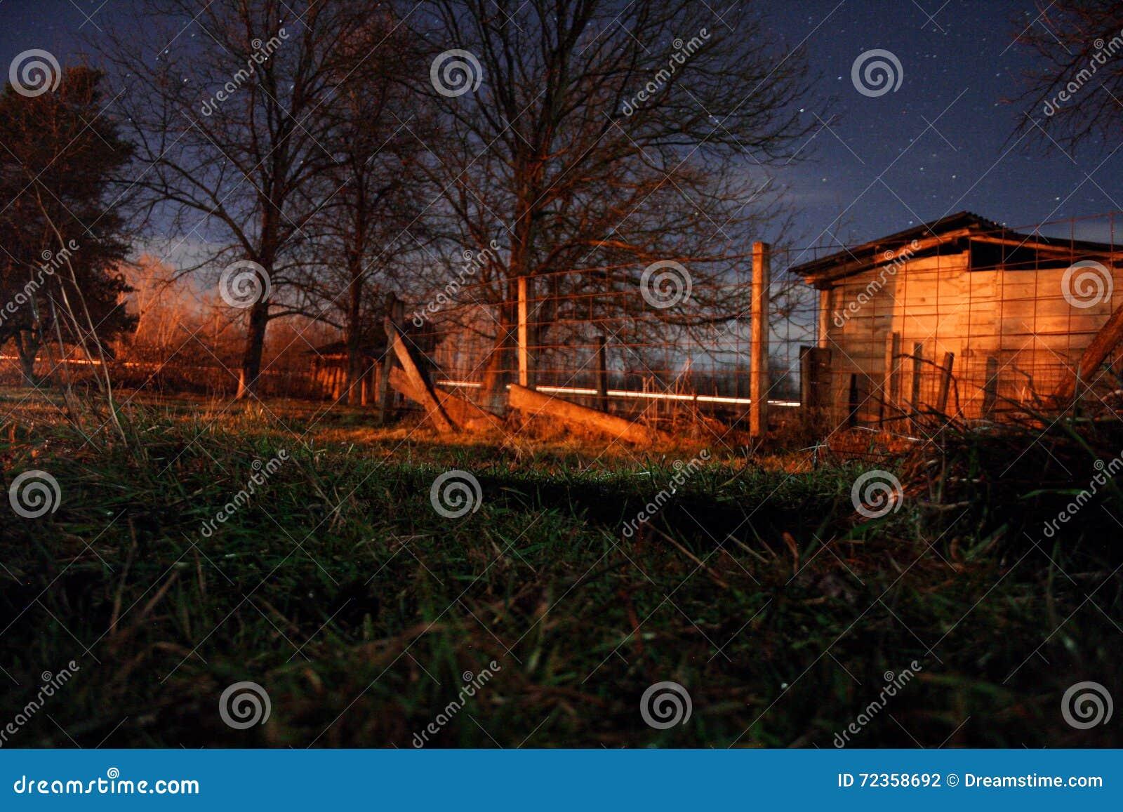 夜在小村庄