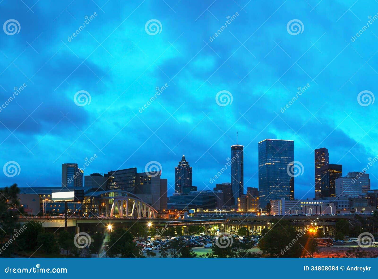 夜间的街市亚特兰大