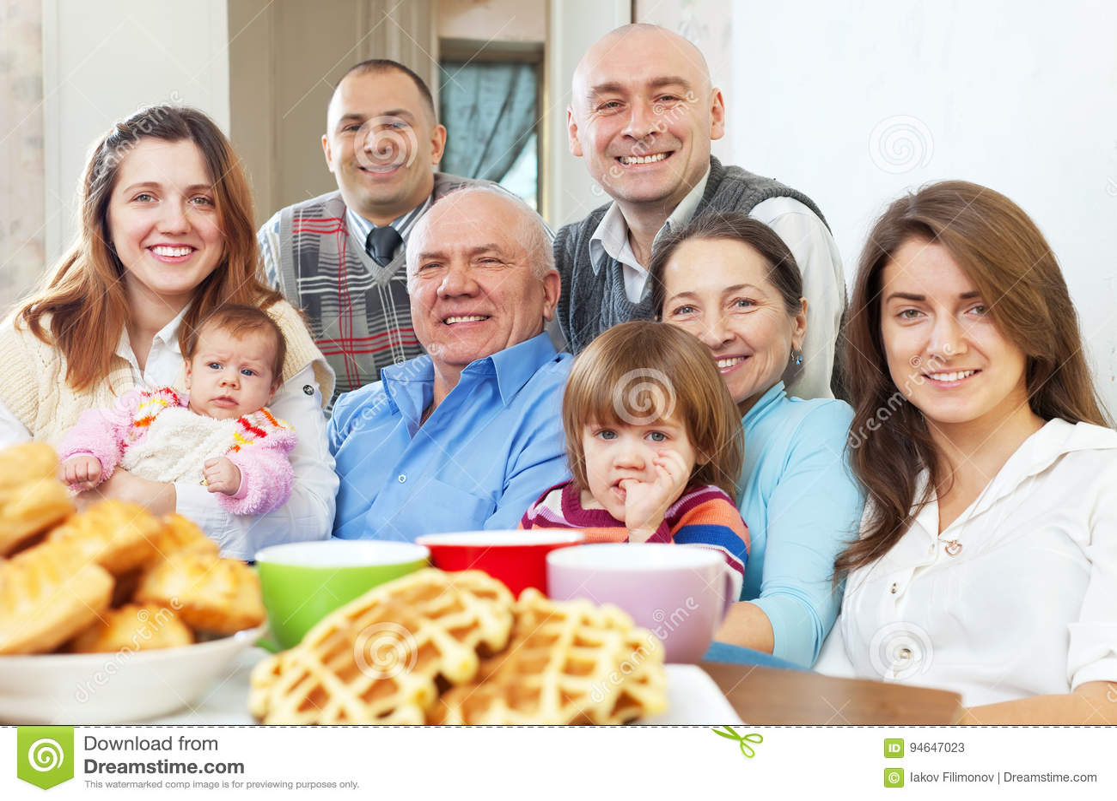大三世代家庭画象