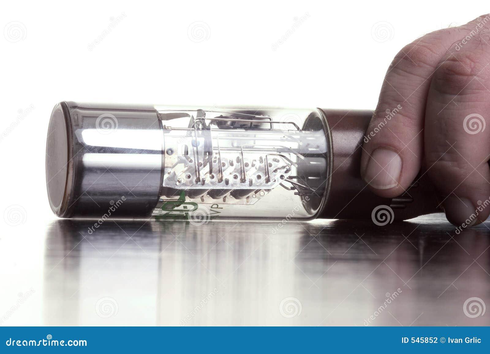 Download 大保险丝玻璃现有量 库存照片. 图片 包括有 行业, 能源, 电汇, 次幂, 安全性, 电子, 保险丝, 范围 - 545852