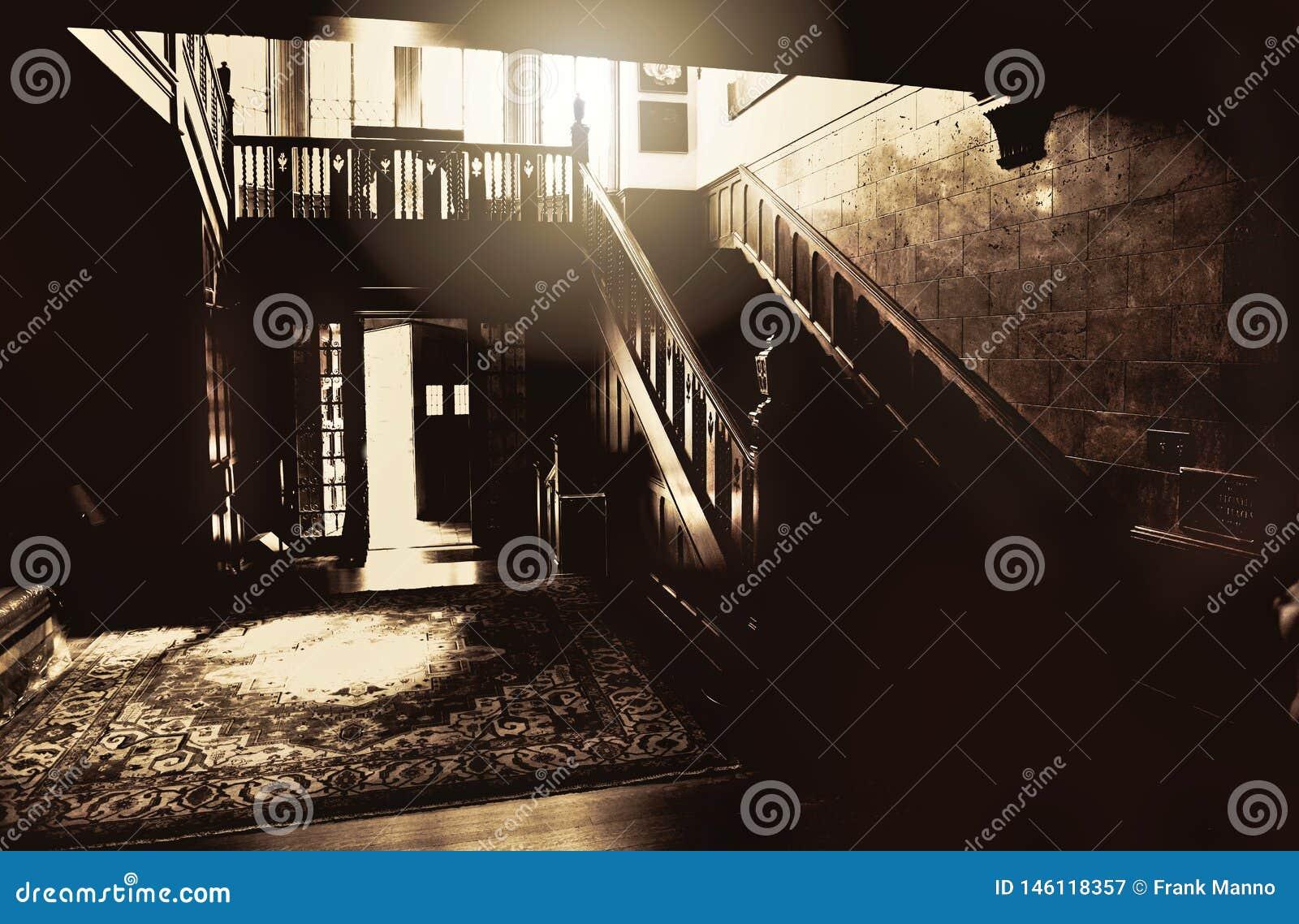 大厅的一个鬼和不祥的图象在土尔沙的Harwelden豪宅的