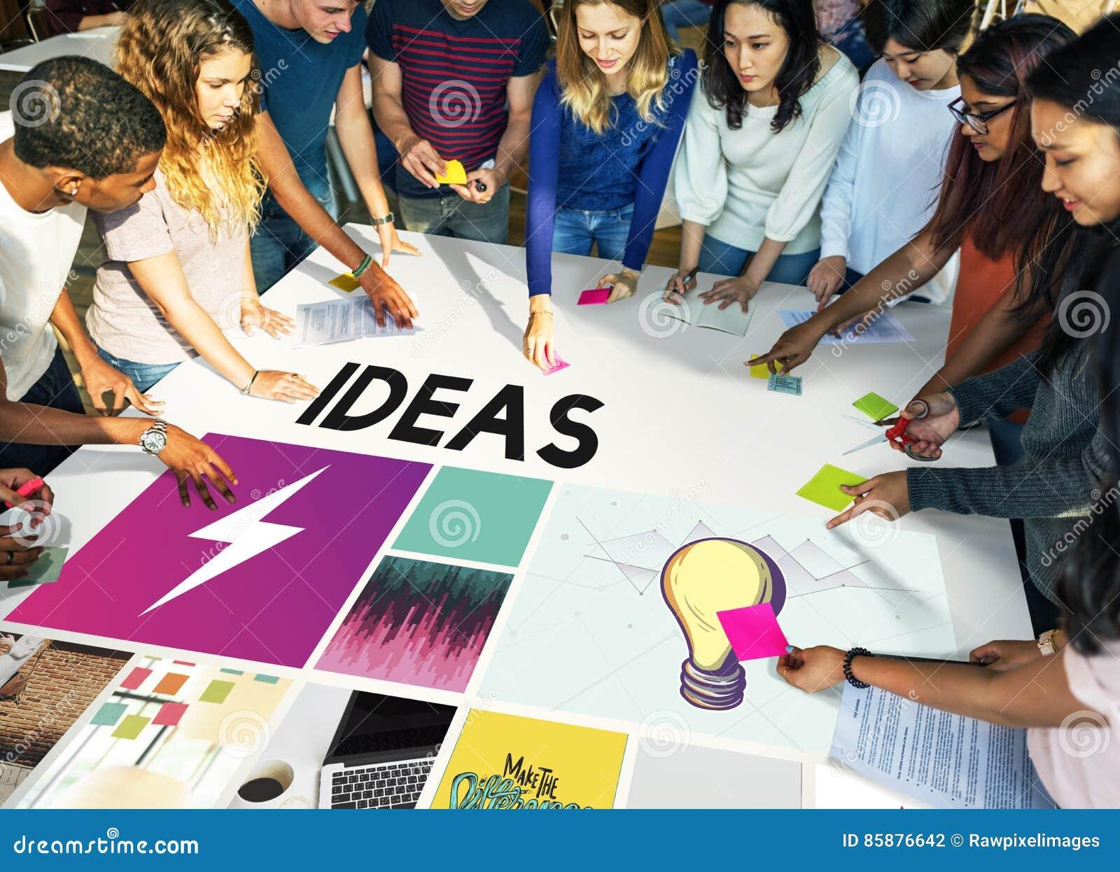 大学年轻成人配合项目概念