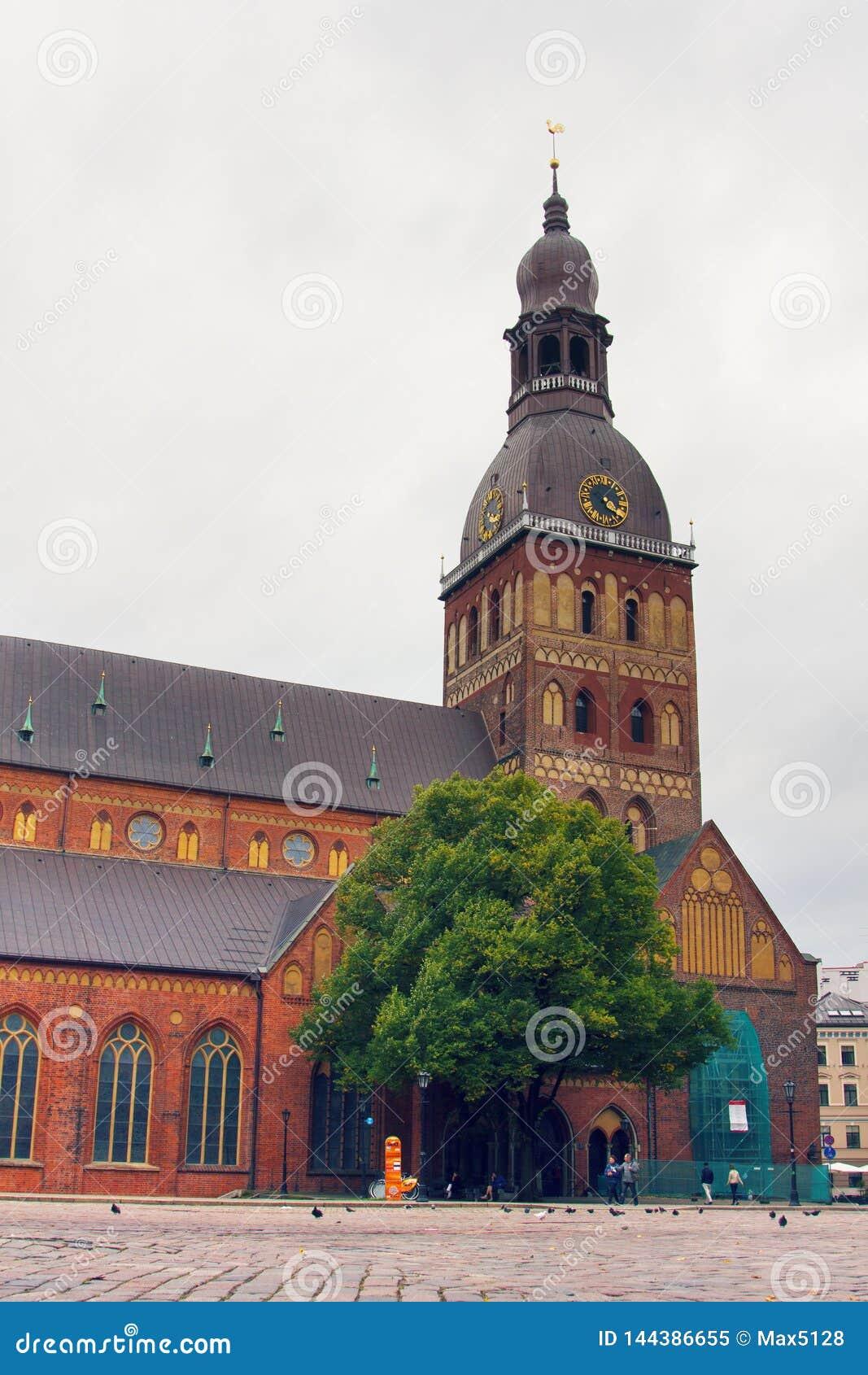 大教堂圆顶里加