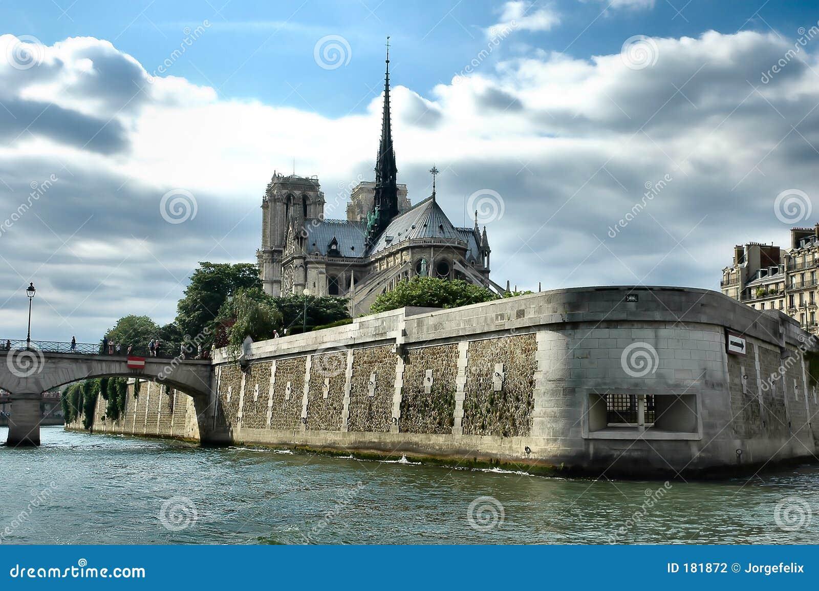 大教堂贵妇人notre巴黎