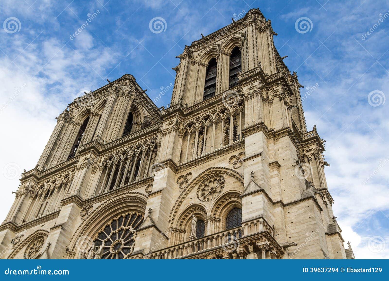 大教堂巴黎圣母院,法国.
