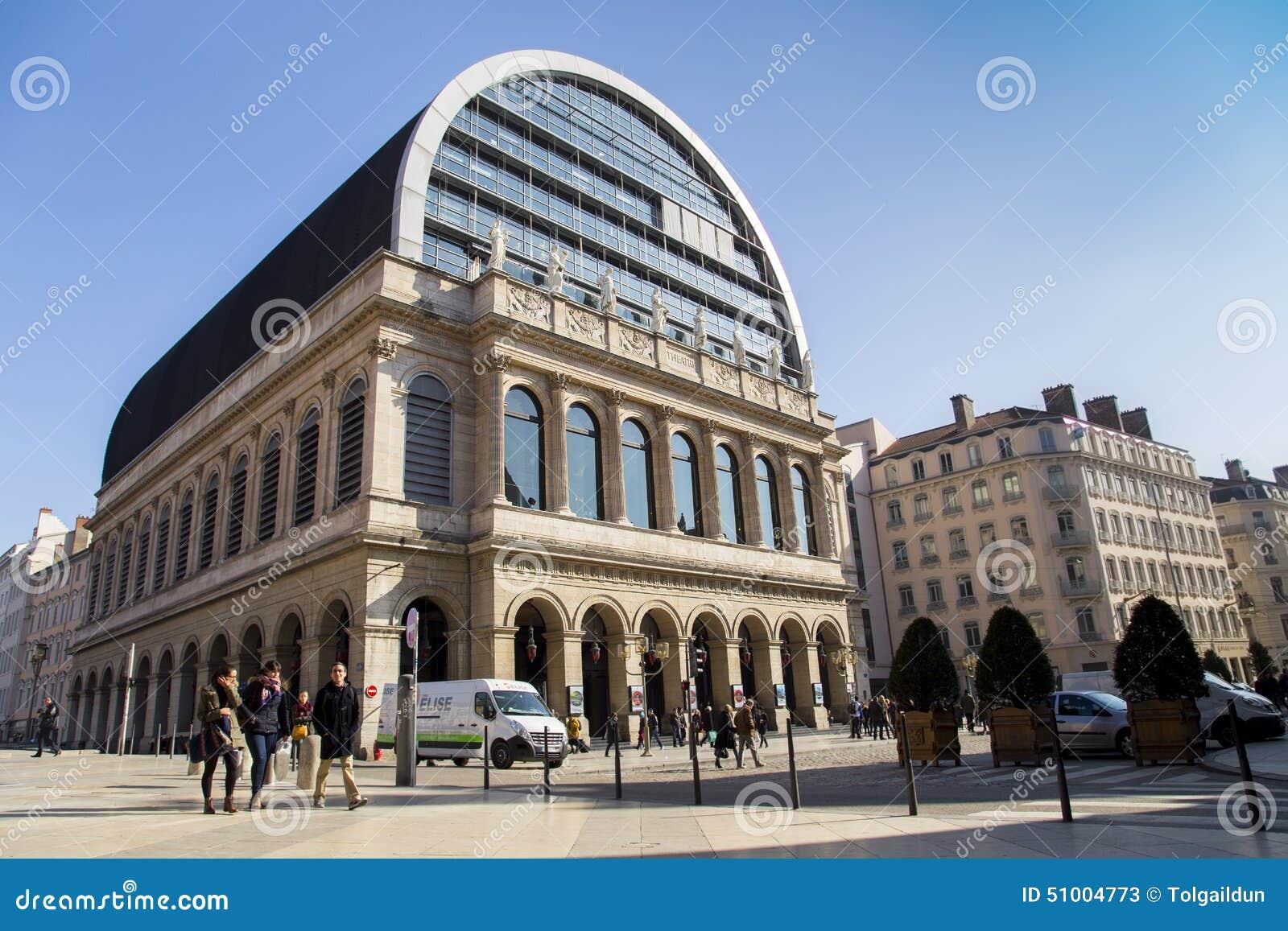 大歌剧议院(Opéra全国de利昂)是歌剧院在利昂,法国