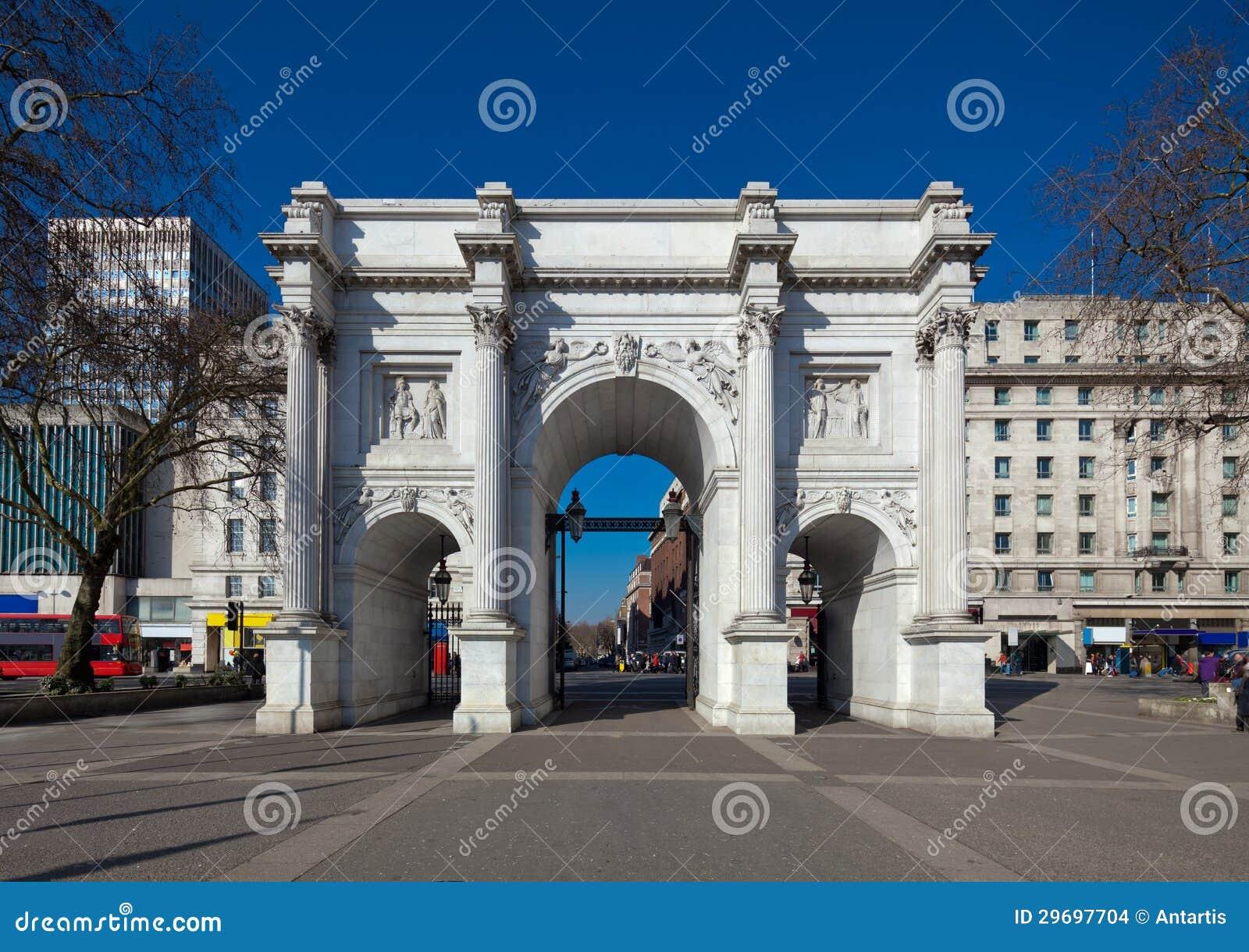 大理石曲拱,伦敦