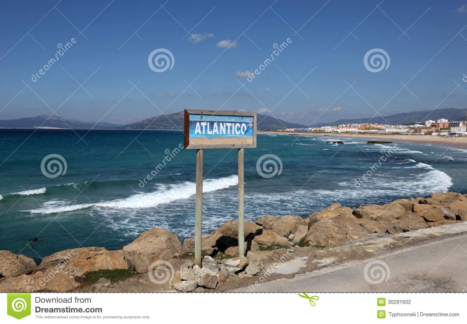 大西洋海岸在塔里法角,西班牙