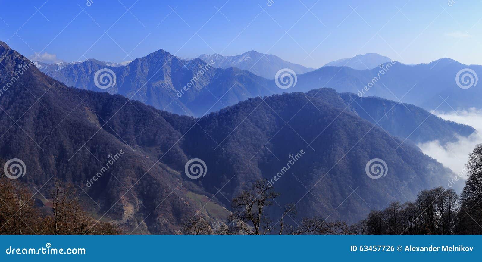 大高加索山脉范围的看法在Tufandag Gabala A