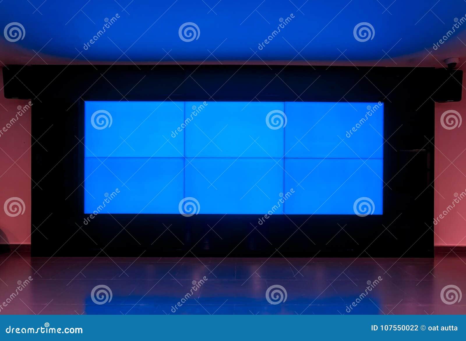 大LED电视蓝色显示器纹理在屋子里